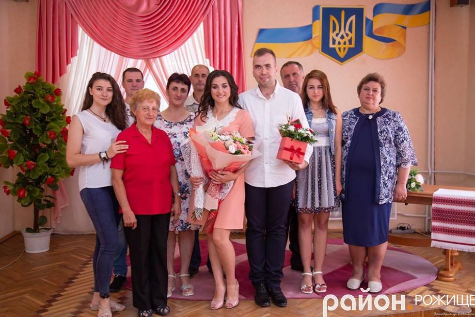 Журналістка Аня Манюхіна вийшла заміж