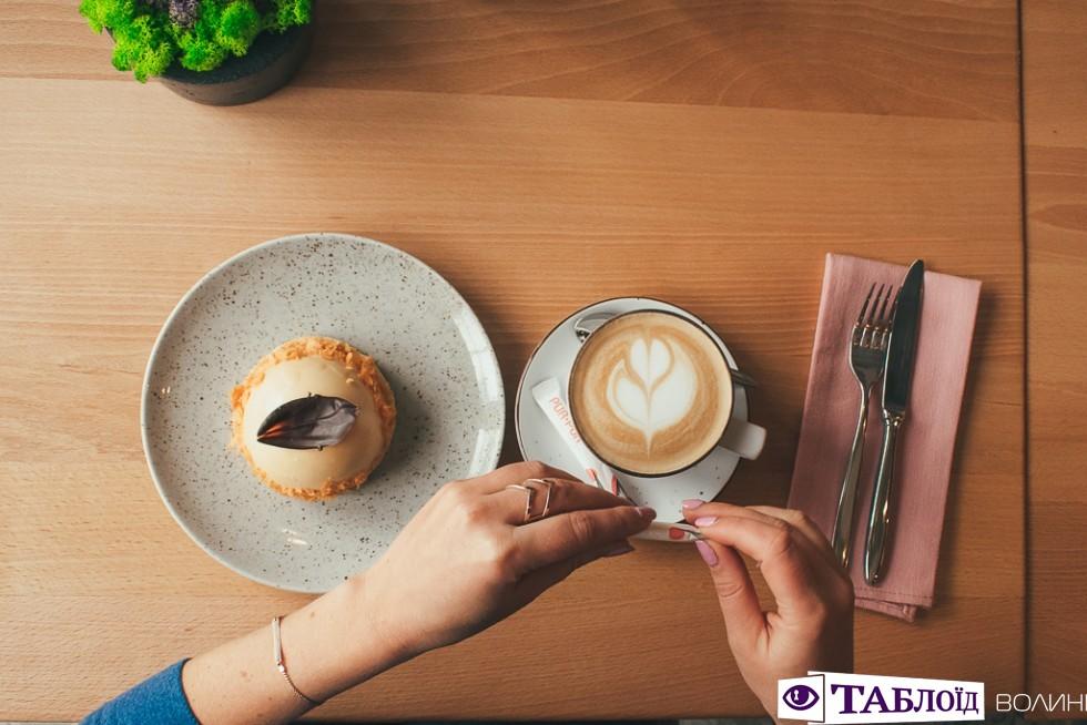 Сніданок з Таблоїдом