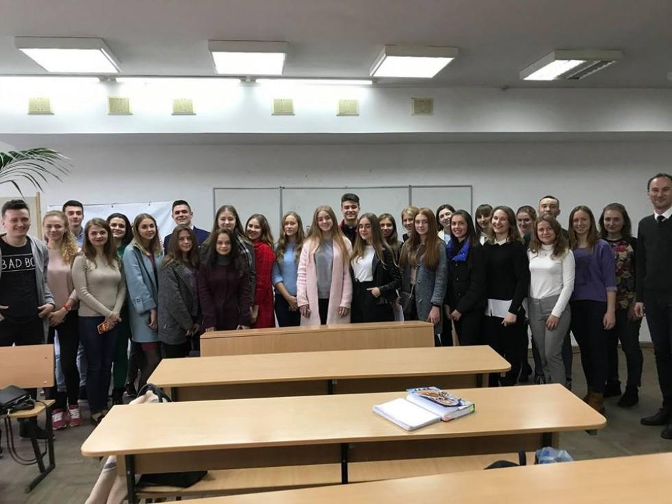 У СНУ імені Лесі Українки відбувся перший відбір від Суспільного мовлення України.