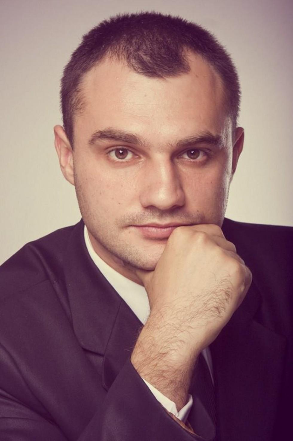Андрій Лев
