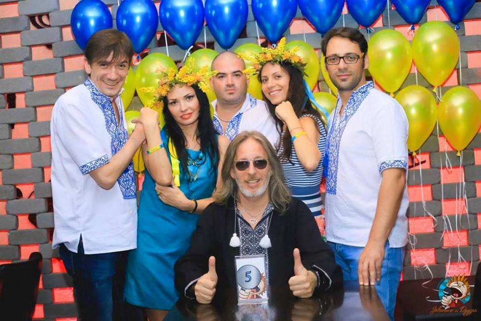Вечірка до Дня Незалежності України у караоке-клубі «Джельсомино и друзья»