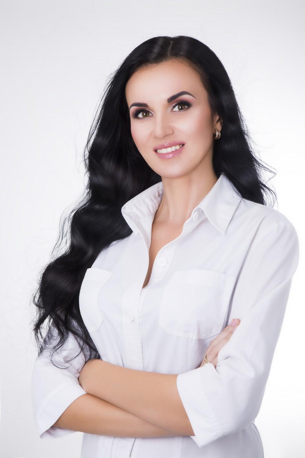Світлана Мельник, дерматолог-косметолог