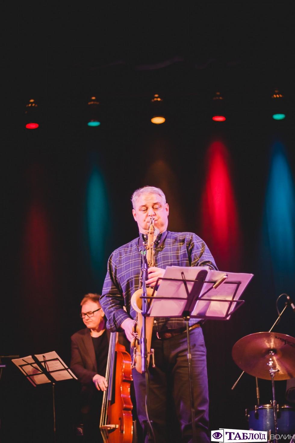 У Луцьку відбувся концерт «Старий різдвяний джаз».