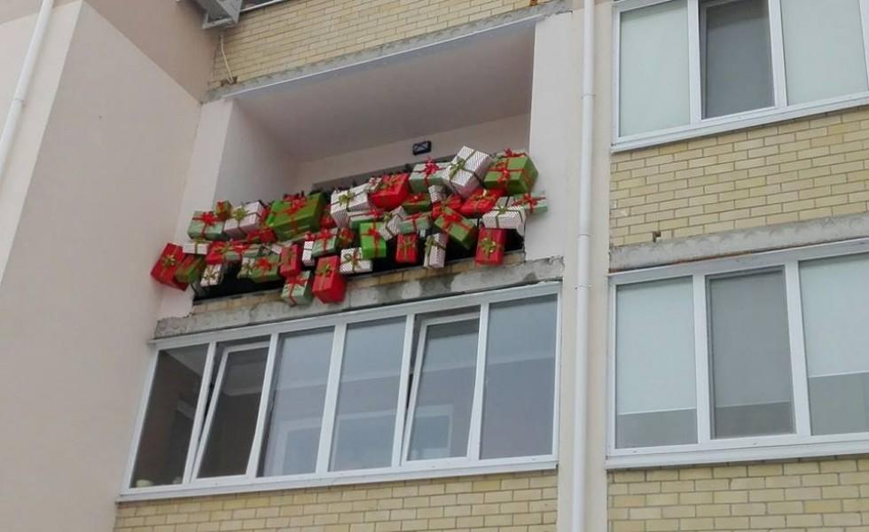 Новорічно-різдвяний балкон