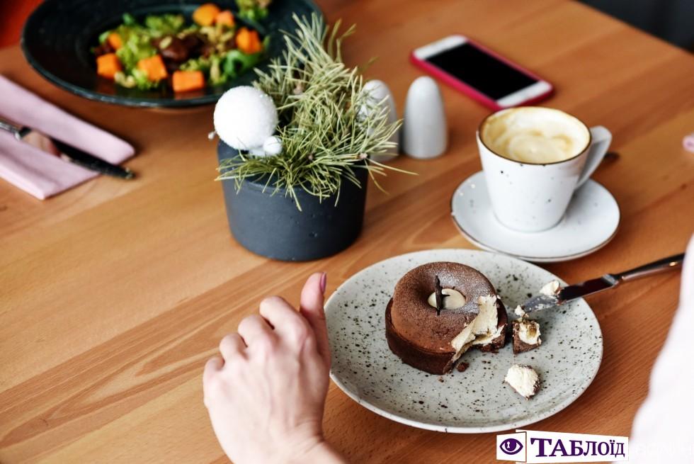 Сніданок з «Таблоїдом»