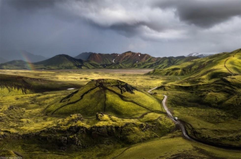 Вулкан із землі. Фото: Даніель Коржонов