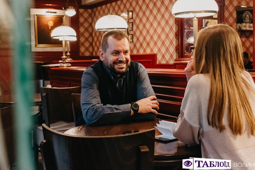 «Кавова розмова» з Дмитром Мельничуком у пивному ресторані «Бравий Швейк»