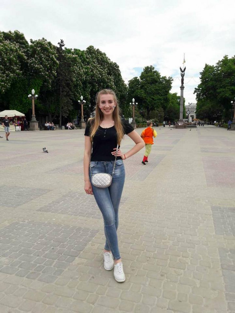 «Красуня дня» Юлія Мельник