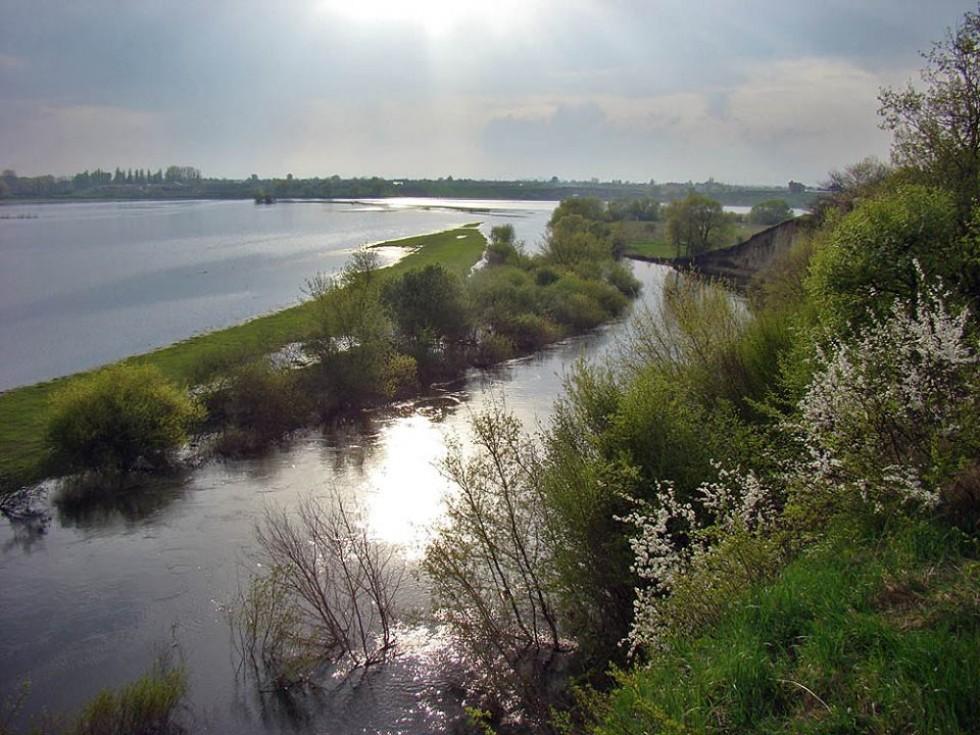 Весняні розливи ріки Стир