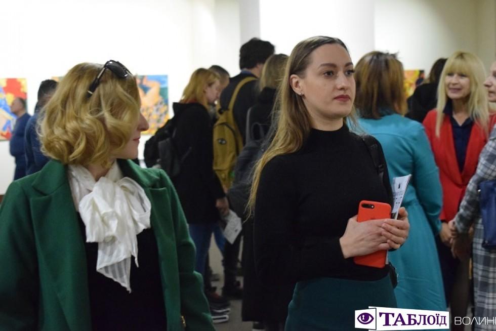 Виставка Володимира Лободи«Сотня. Малярство, скульптура» у МСУМКу