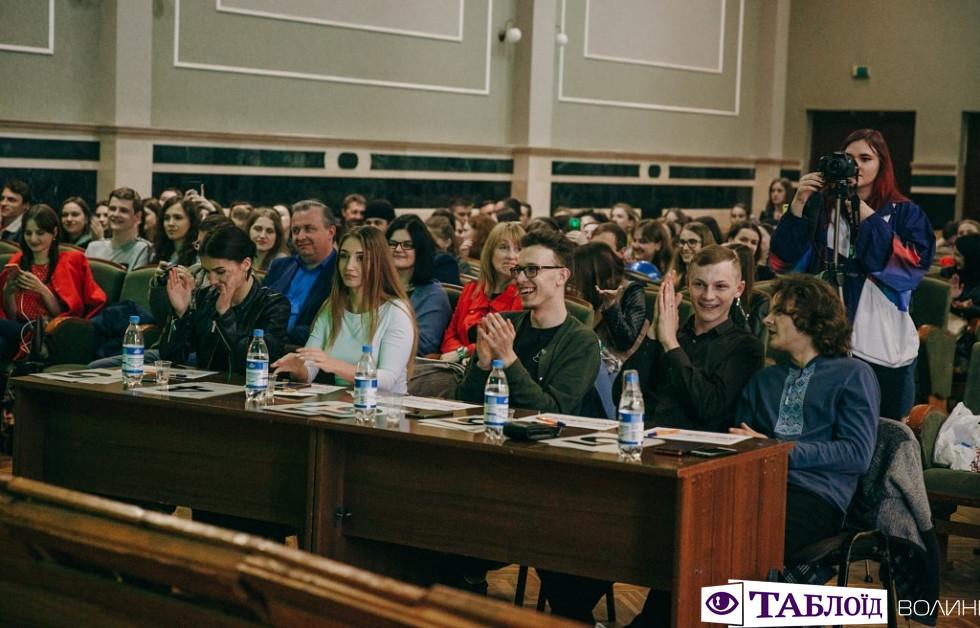 Міс факультету філології та журналістики 2019