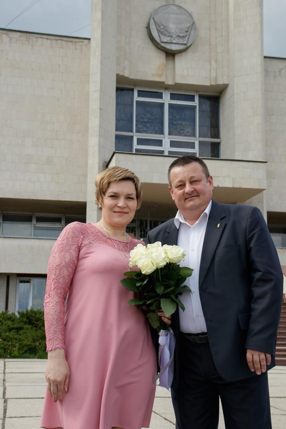 Олександр Пирожик з дружиною