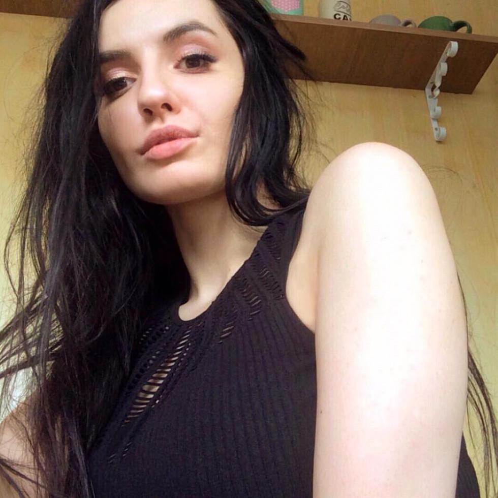 Красуня дня: гаряча Ванесса