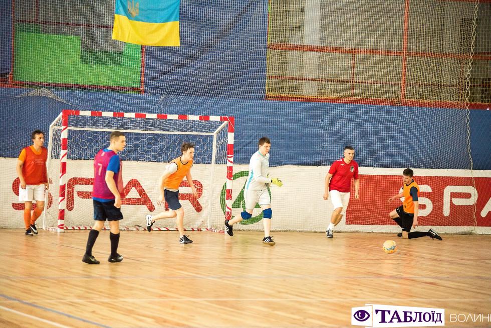 Напружена гра турніру Astound Football Cup