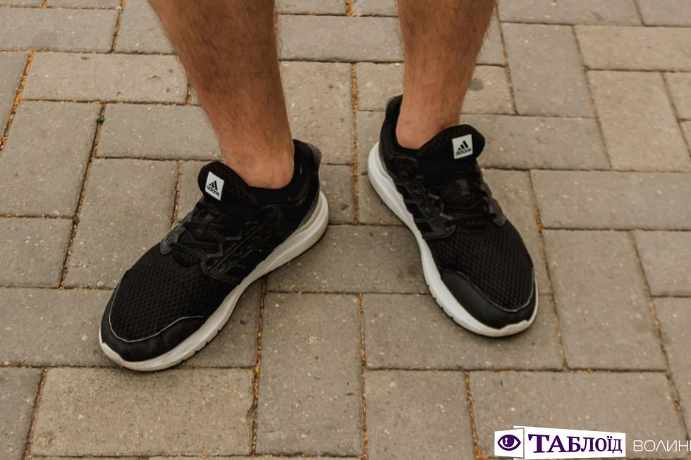 Кросівки Антона