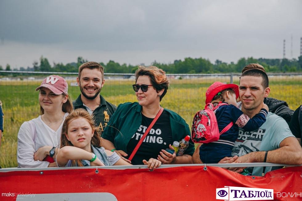 Змагання з дрег-рейсингу під Луцьком