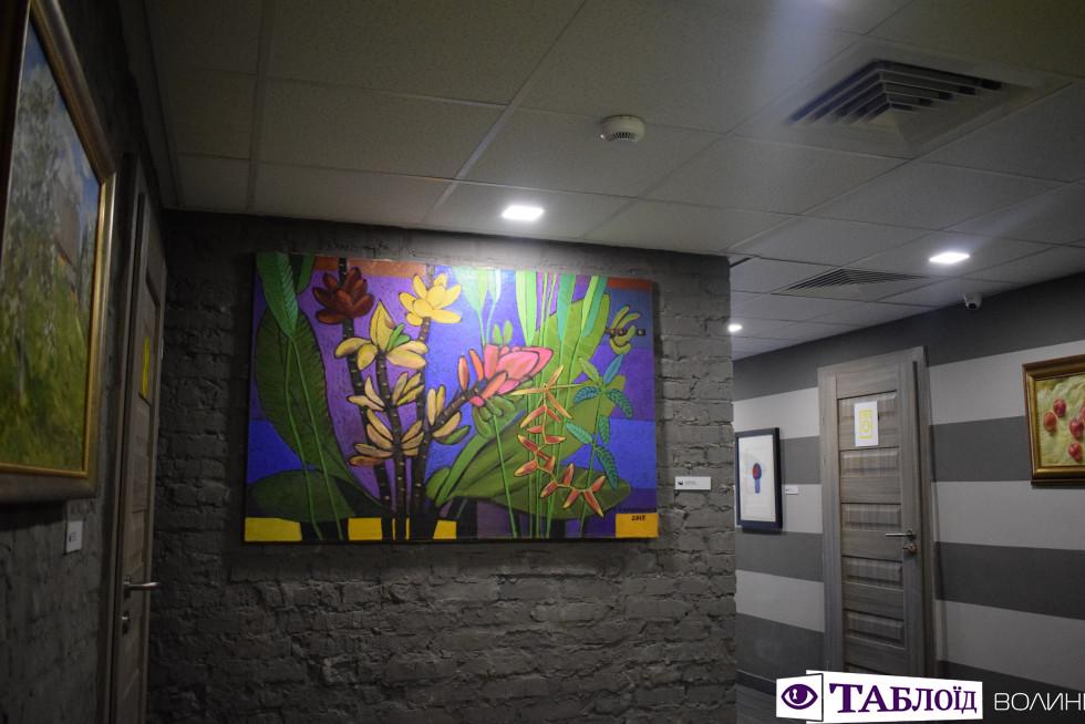 Картина в арт-хостелі «Adrenalin»