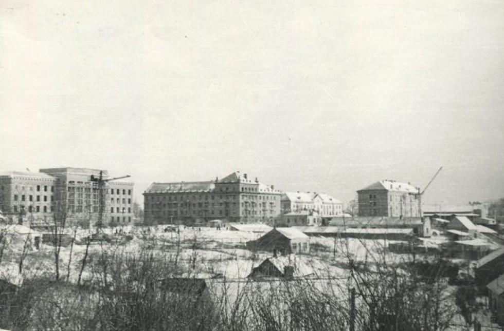 Обком, 1950-ті