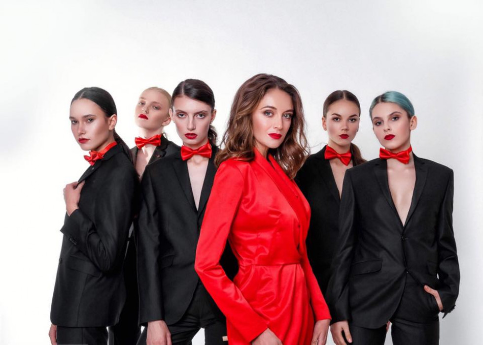 Марина Занюк з моделями.
