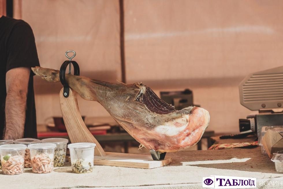 Другий день Фестивалю пива і м'яса у ЛуцькуДругий день Фестивалю пива і м'яса у Луцьку