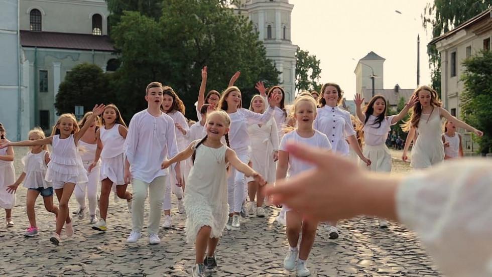 Кадри з кліпу «PRO ЛУЦЬК»