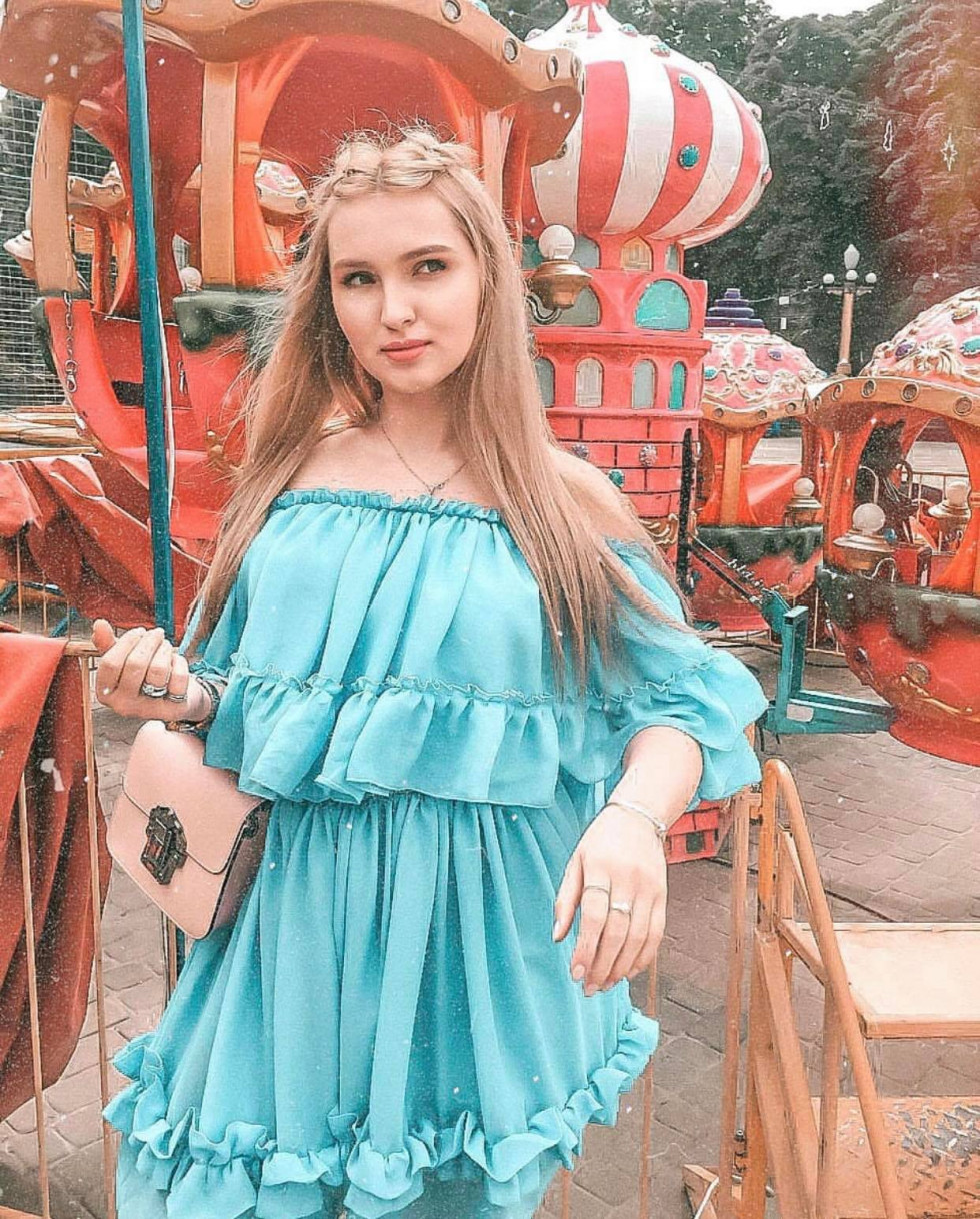 Красуня дня: лялькова Анастасія