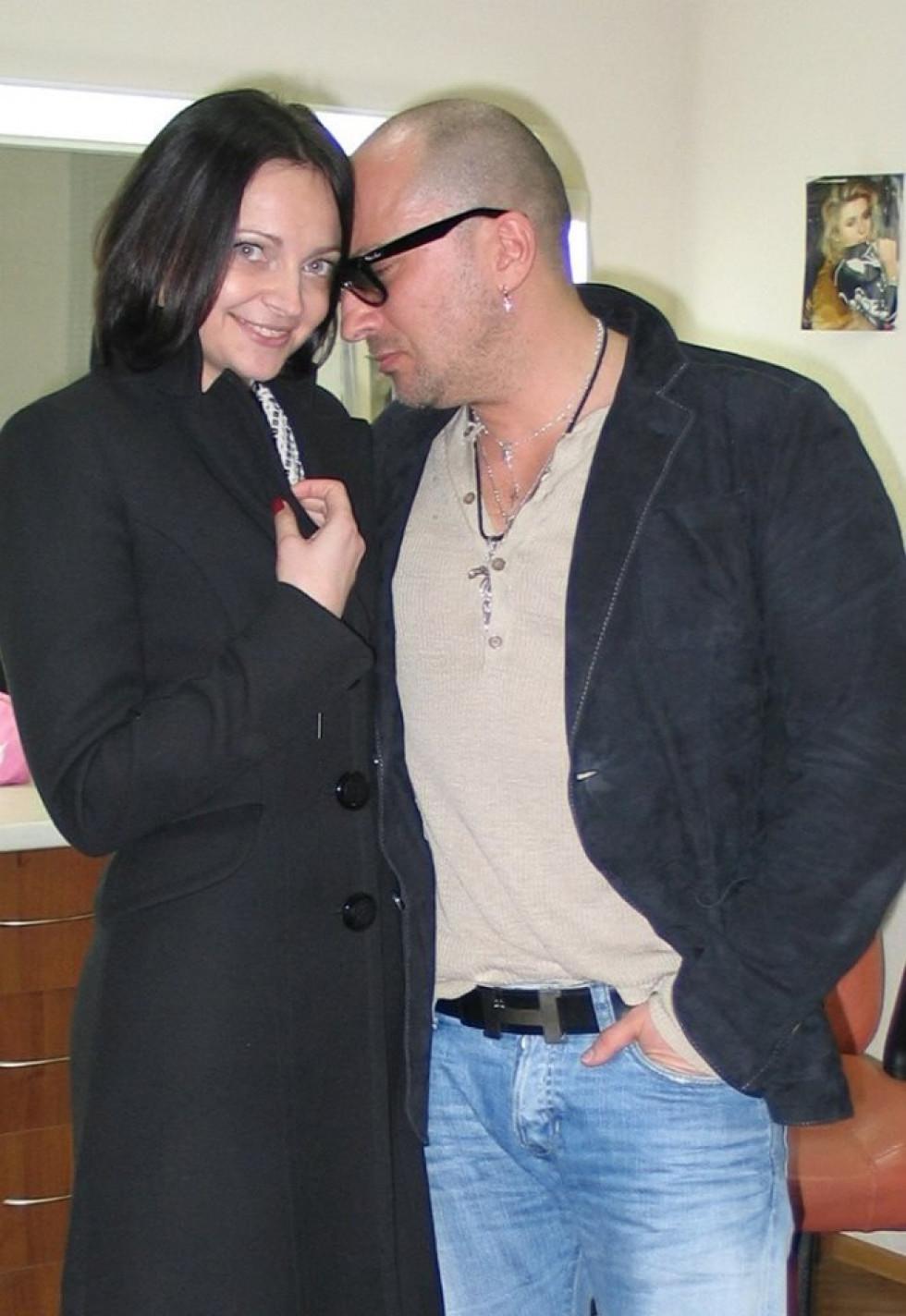 Актор Дмитро Нагієв високо оцінив... ноги Марини і запропонував пройти в номер потеревенити. Красуня відмовилась, але таки приємно було!