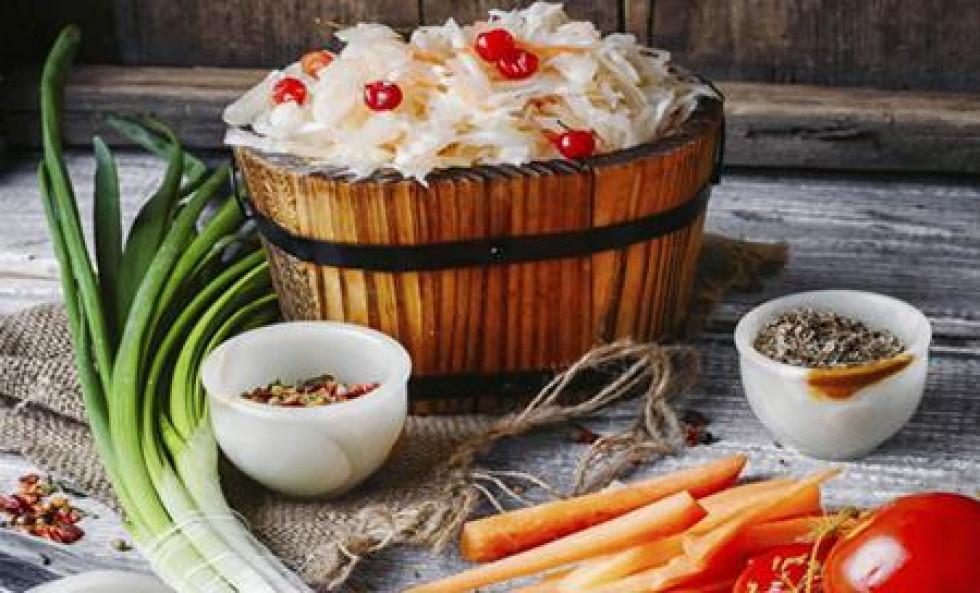 Смачний лайфхак: ТОП-8 рецептів квашеної капусти