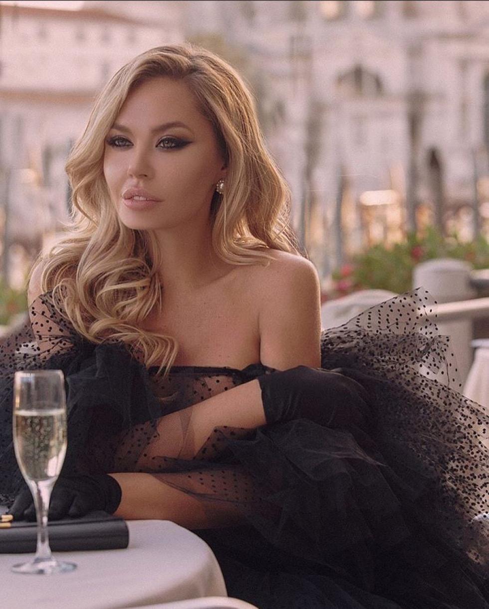 Власниця «Yulia Fedetska store Kiev» Юлія Федецька