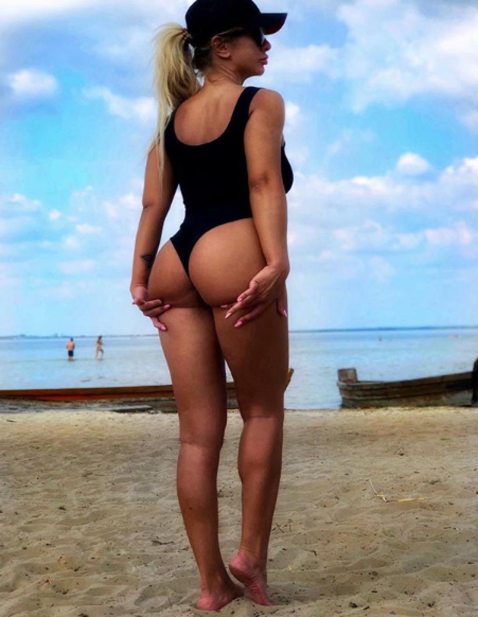 Анна Леушина