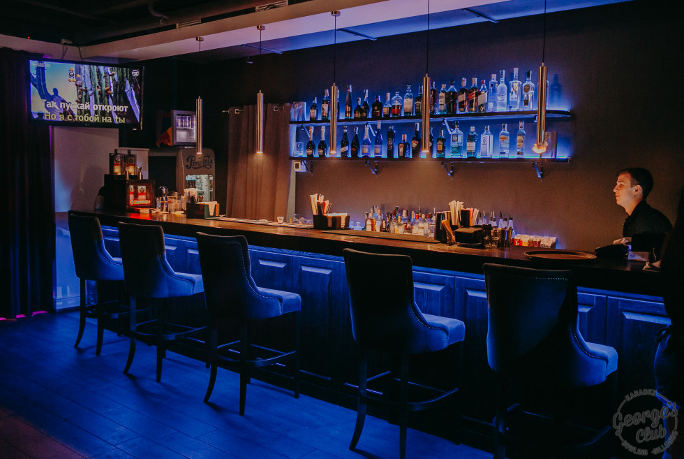 Ресторан-караоке George's Club