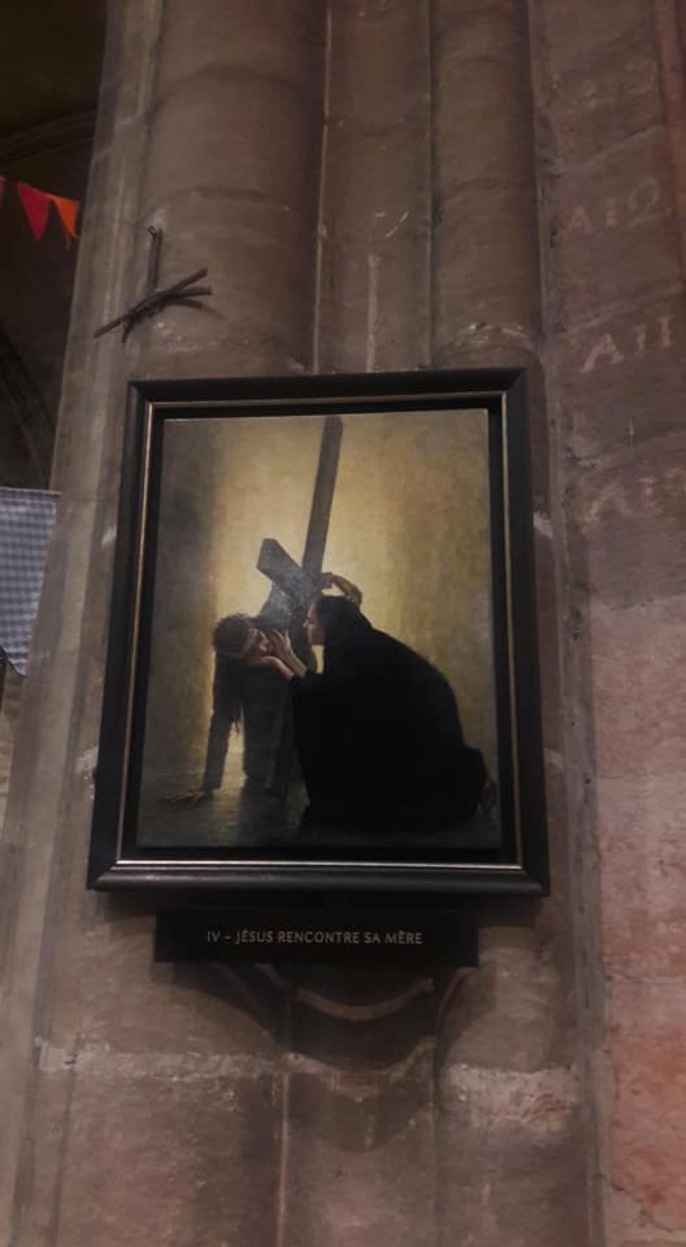 Луцький мандрівник знайшов дивні ікони у Франції. ФОТО