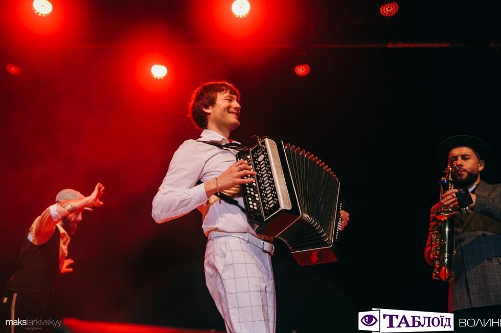 Концерт Серьогаaka Поліграф ШарикOFF у Луцьку