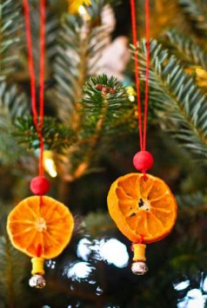 19 днів до свята: створюємо прикраси з сушених апельсинів
