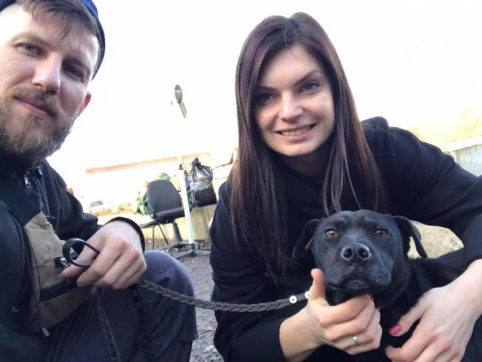 Щасливі собачники і Ніка, яка тепер має дім