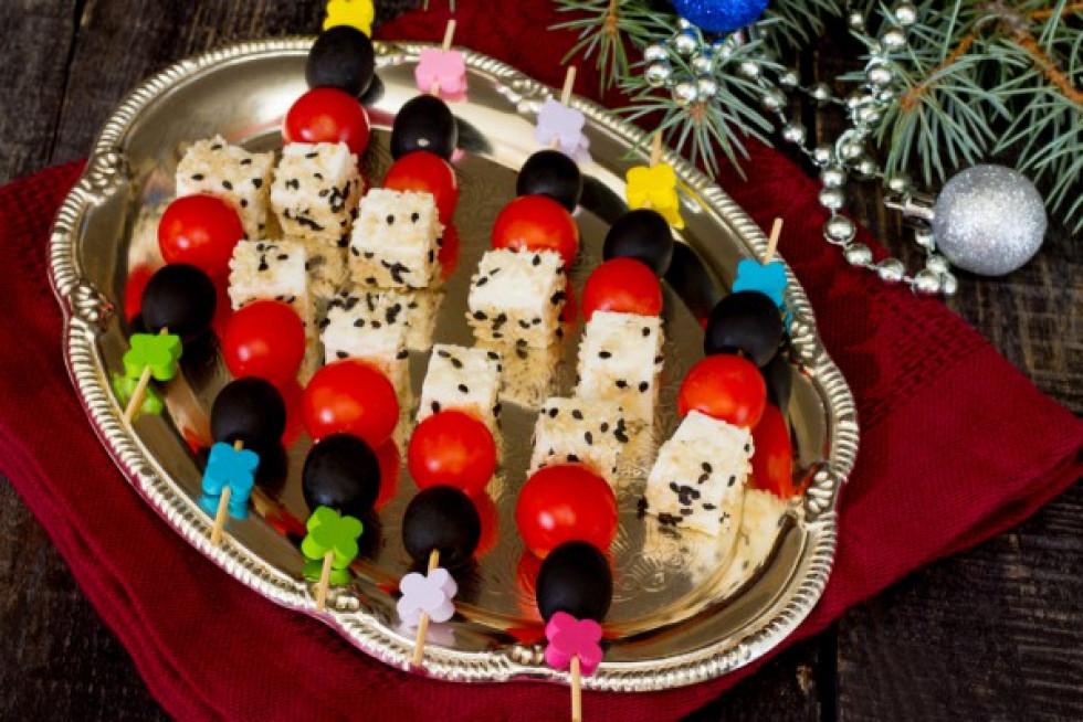 9 днів до свята: 21 ідея для новорічних канапок