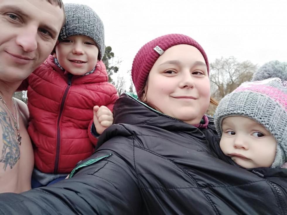 журналістка Наталія Голодюк з чоловіком та дітьми