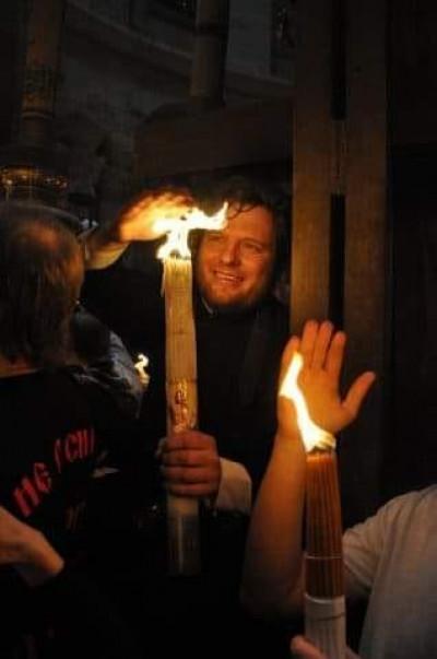 Волинський священник навів 9 тез щодо Благодатного Вогню