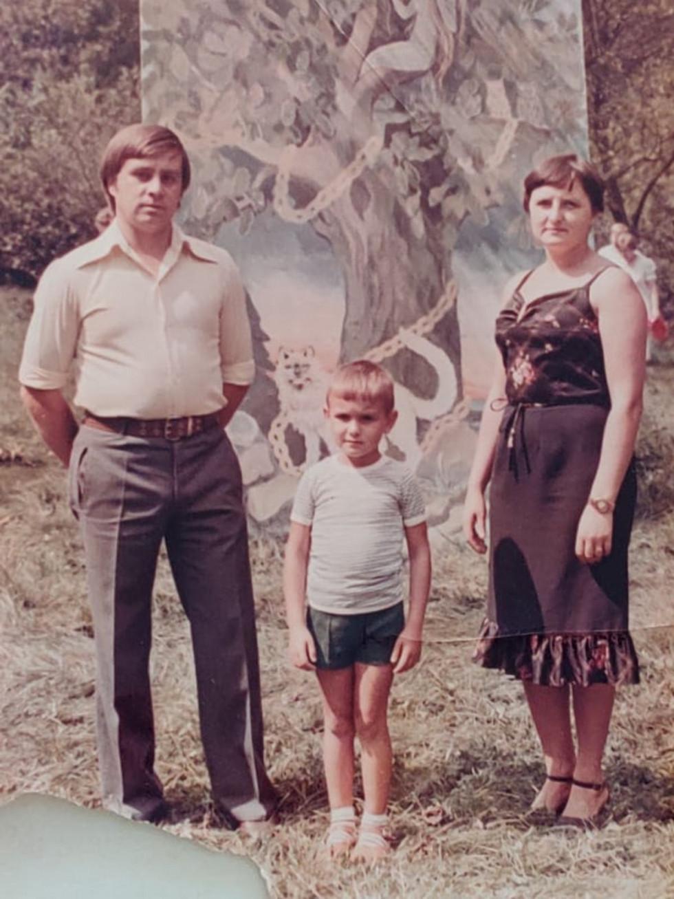 За що дякують своїм мамам відомі волиняни. Олександр Ніколайчук