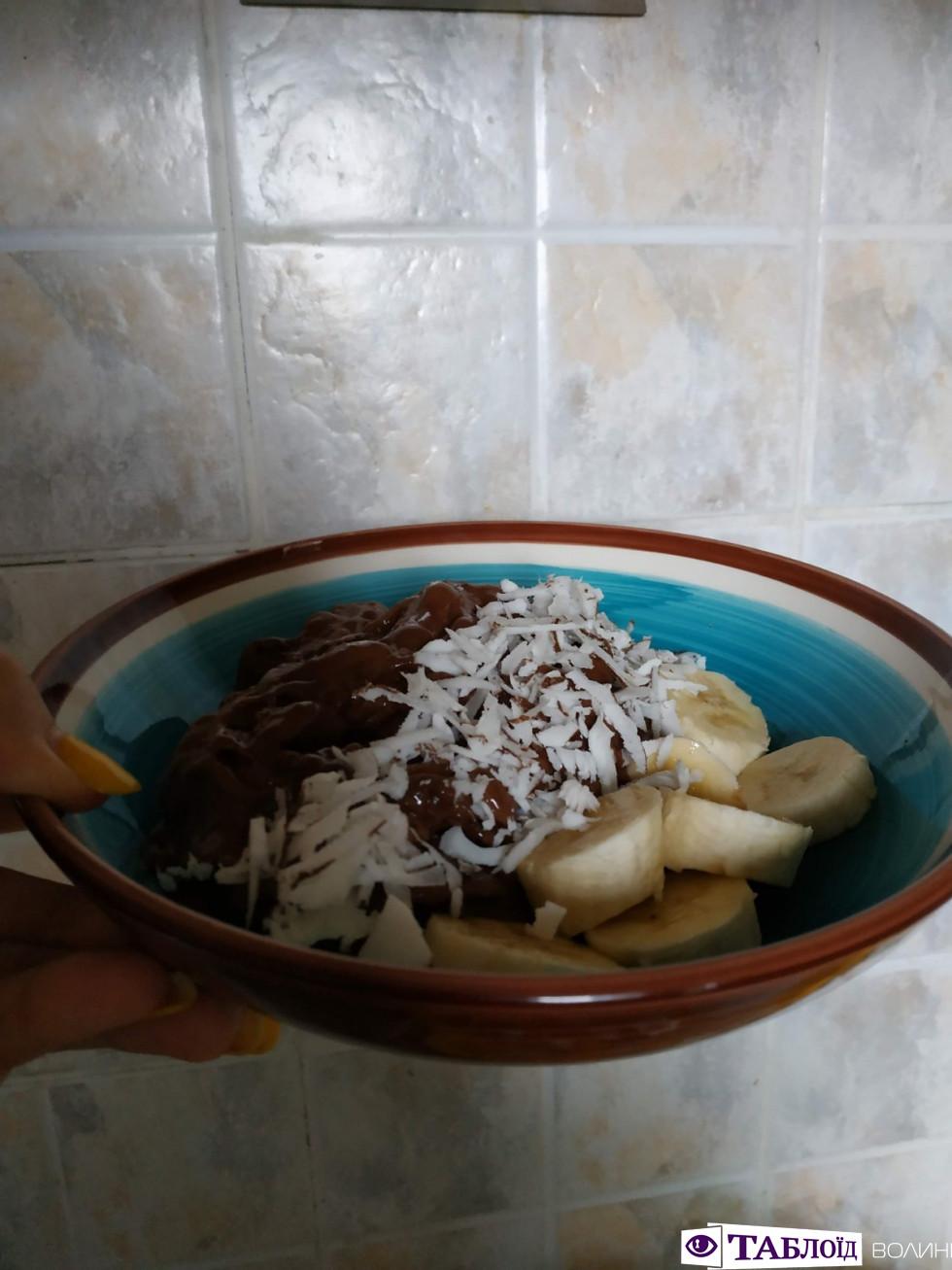 Смачний таблоїдний лайфхак: корисне морозиво з одного інгредієнта. ФОТО