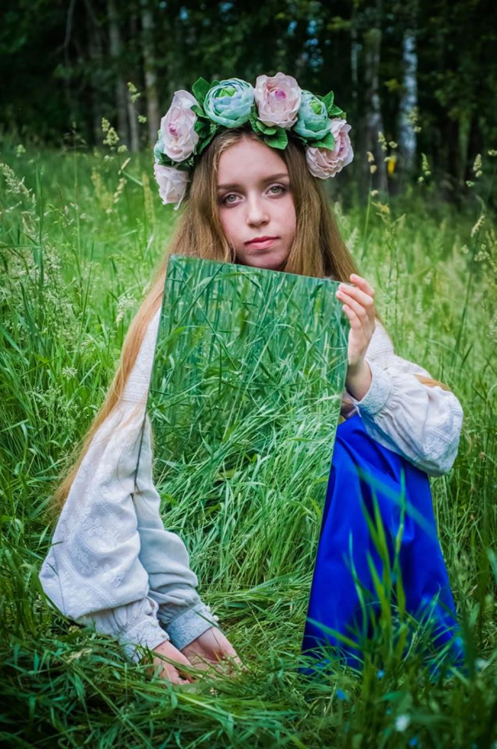 Волинський фотограф «упіймав» красуню-мавку