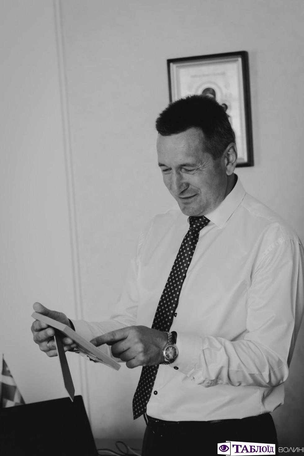 Хата для роботи: ректор ВНУ Анатолій Цьось ніколи не зачиняє двері кабінету