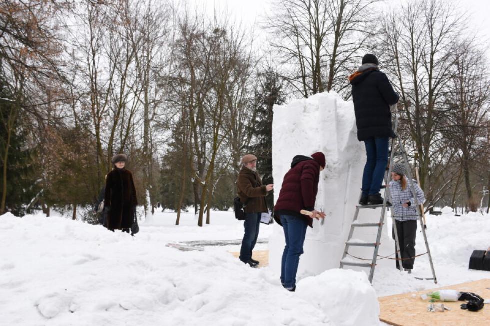 Пленер «Снігова скульптура»