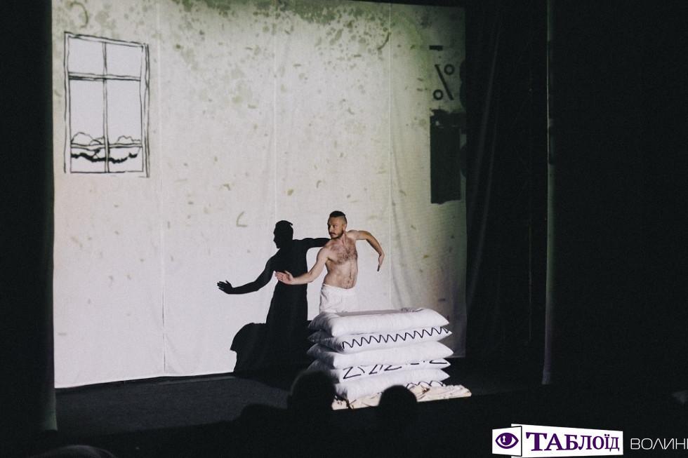 Павло Порицький у виставі «Кострубізми. Кумановський»