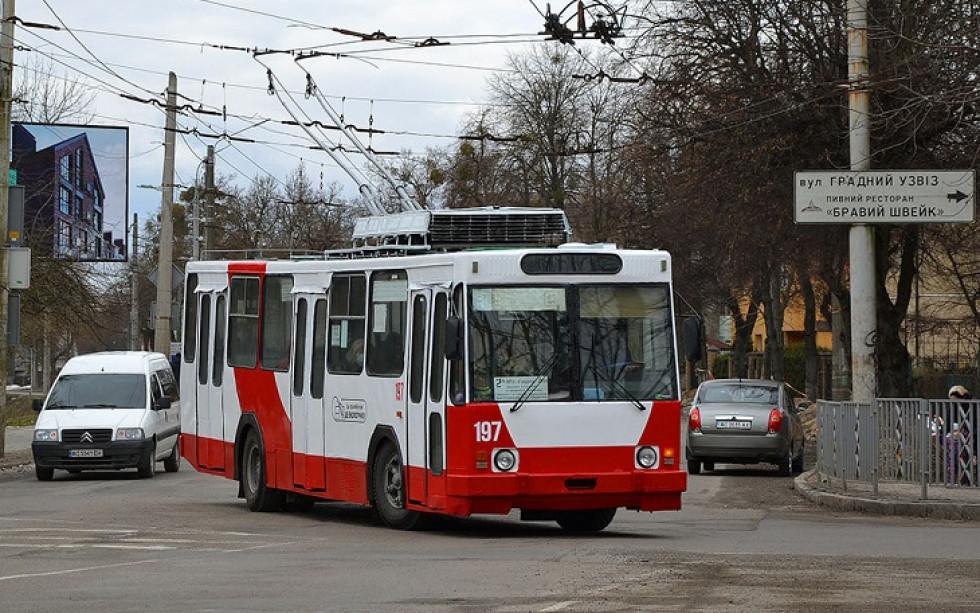 Новий брендований тролейбус