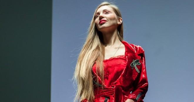 Луцька дизайнерка презентувала нову колекцію ексклюзивного жіночого одягу 24efdbf756673