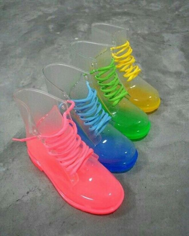 Де в Луцьку купити вишукані гумові чоботи 2ba8a72ffe657