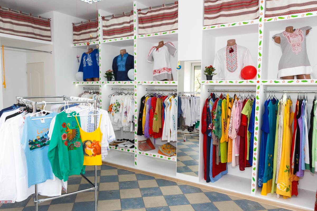 У Луцьку відкрився магазин сучасної вишивки 7553d2c17676f