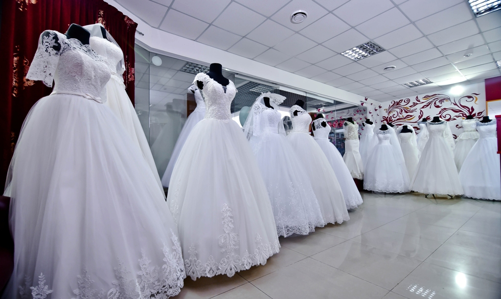 3a94f894e0bd77 Луцький весільний салон «Юмелі» дивує різноманіттям суконь та фат